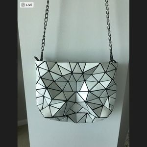 Metallic white geometric crossbody